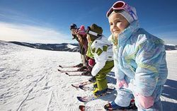 Children-skiing_1213072c